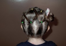Little Girl's Hairstyles – Puffy Braid Laces to the Side