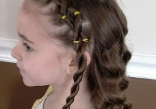 Little Girl's Hairstyle – Twisted Laces Headband Hairdo