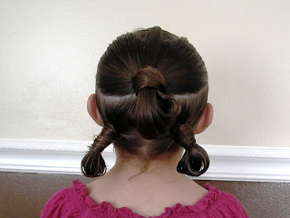 Little Girl's Hairstyles: Triple Ponytail Loop
