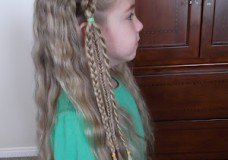 Little Girl's Hairstyles: Hunger Games #2 Hairstyle! Katniss Triple Headband Braid