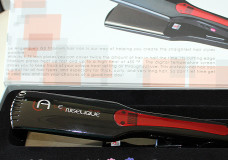Pretty Hair is Fun: Le Angelique Flat Iron Review